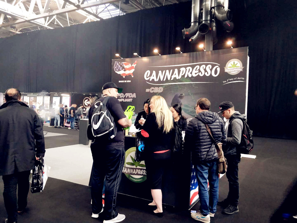 The First day in the Vaper Expo UK 2017 – CANNAPRESSO is here at Booth A195